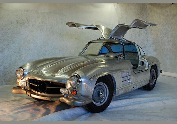 Restoration of the Mercedes Benz 300 SL